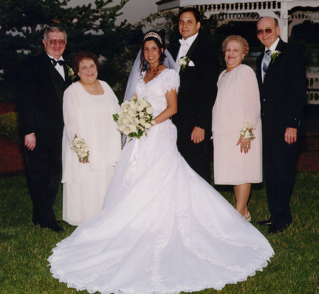 BrideFamilyGazebo.jpg